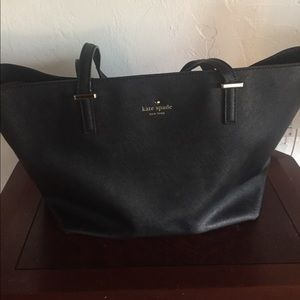 Kate Spade tote. Black leather. Authentic.